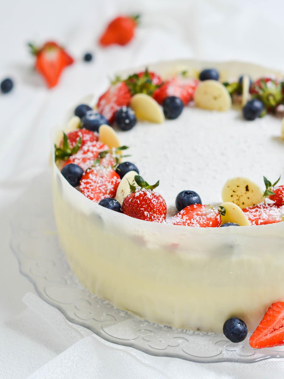 mousse torta s jagodama i kokosom (2)