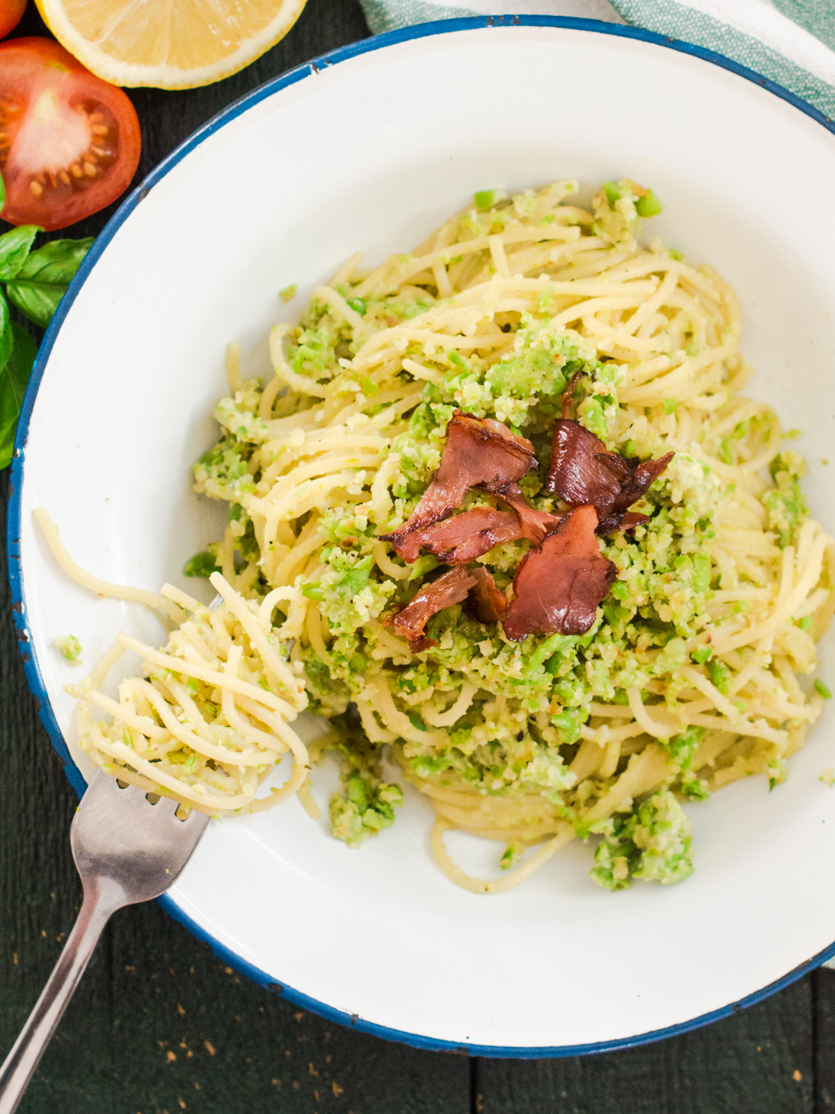 spageti s bademima i graskom (5)