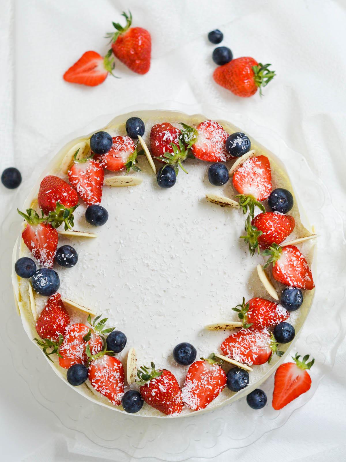 mousse torta s jagodama i kokosom (5)
